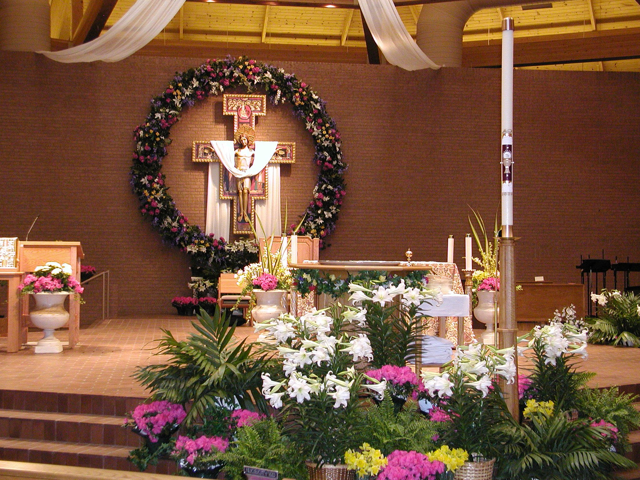 Seasonal Decorations , St. Vincent de Paul Catholic Church